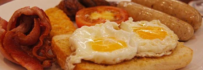 Où prendre un petit déjeuner anglais à Liverpool ?